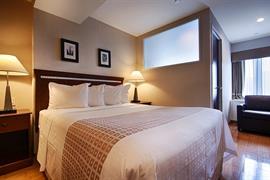 33133_006_Guestroom