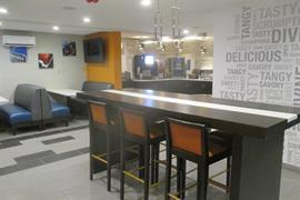 18110_007_Restaurant