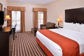 43173_005_Guestroom