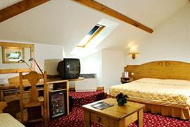 93458_005_Guestroom