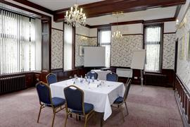 broadfield-park-hotel-meeting-space-01-83910