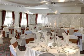 broadfield-park-hotel-wedding-events-01-83910