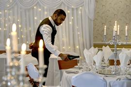 broadfield-park-hotel-wedding-events-04-83910