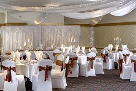 broadfield-park-hotel-wedding-events-05-83910