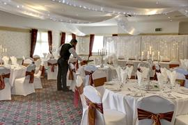 broadfield-park-hotel-wedding-events-06-83910