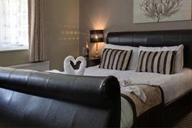 brome-grange-hotel-bedrooms-43-83967