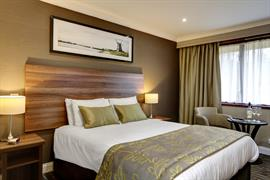 brook-hotel-bedrooms-43-83961