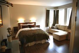 73124_003_Guestroom