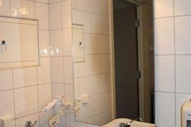 73124_006_Guestroom