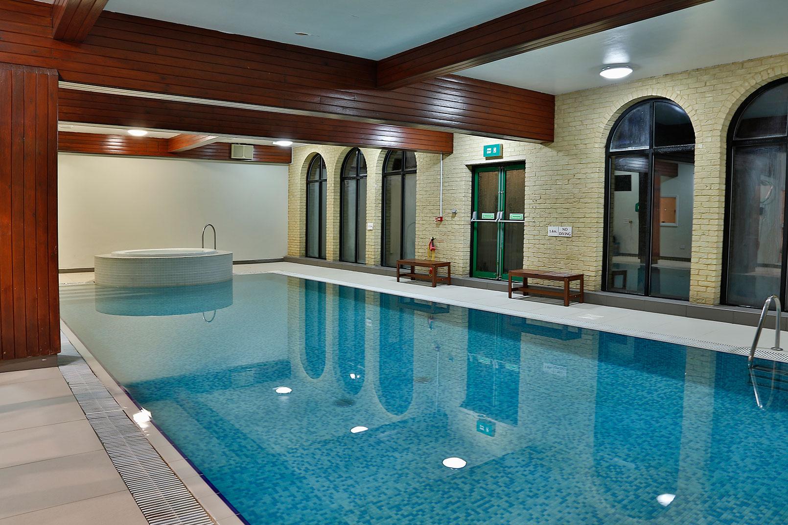 Best western buckingham hotel buckingham hotel leisure 16 83812 freerunsca Choice Image