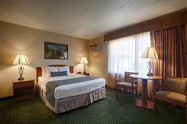 42004_005_Guestroom