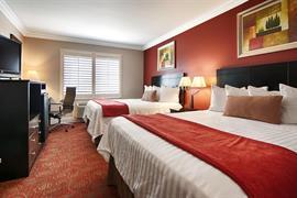 05694_005_Guestroom