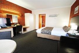 90653_003_Guestroom
