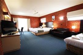 90653_004_Guestroom