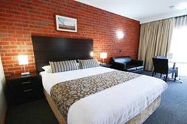 90653_005_Guestroom