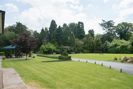 burn-hall-hotel-grounds-and-hotel-09-83979