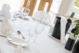 burn-hall-hotel-wedding-events-03-83979