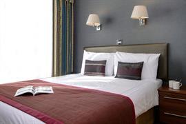 burns-hotel-bedrooms-19-83801