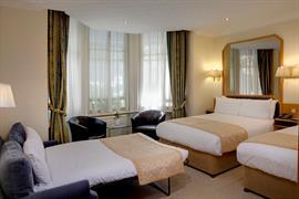 burns-hotel-bedrooms-25-83801