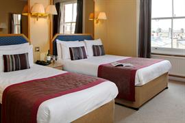 burns-hotel-bedrooms-27-83801