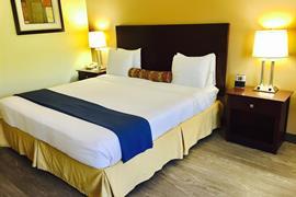 34167_003_Guestroom