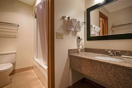 27059_007_Guestroom