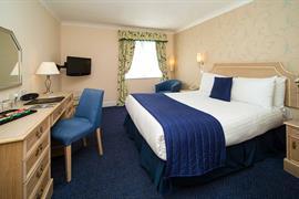 calcot-hotel-bedrooms-22-83831