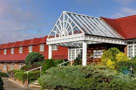 calcot-hotel-grounds-and-hotel-16-83831