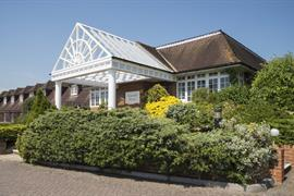 calcot-hotel-grounds-and-hotel-14-83831