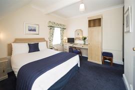 calcot-hotel-bedrooms-18-83831