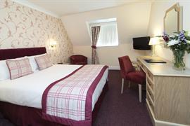 calcot-hotel-bedrooms-20-83831