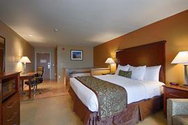 05699_001_Guestroom