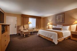 05378_006_Guestroom