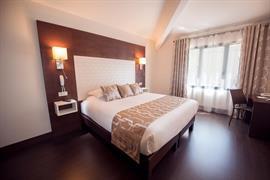93669_005_Guestroom