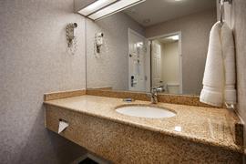 62065_008_Guestroom