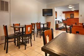 44341_006_Restaurant