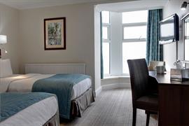 carlton-hotel-bedrooms-06-83802
