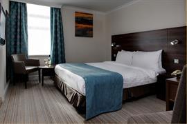 carlton-hotel-bedrooms-07-83802