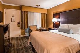 05022_015_Guestroom