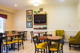 36167_006_Restaurant
