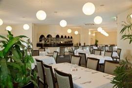 97412_001_Restaurant