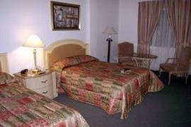 70172_003_Guestroom