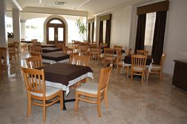 70172_006_Restaurant