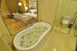 99702_007_Guestroom