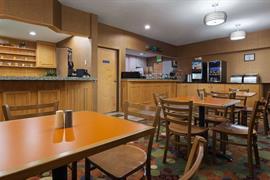 15068_006_Restaurant