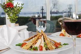 78004_006_Restaurant