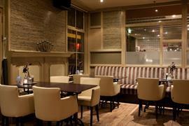 92694_003_Restaurant