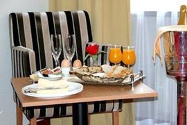 92571_004_Guestroom