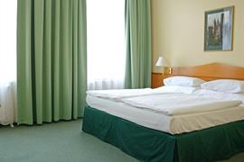 89093_001_Guestroom