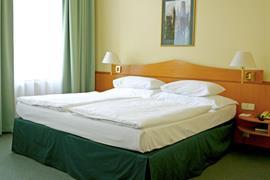 89093_003_Guestroom